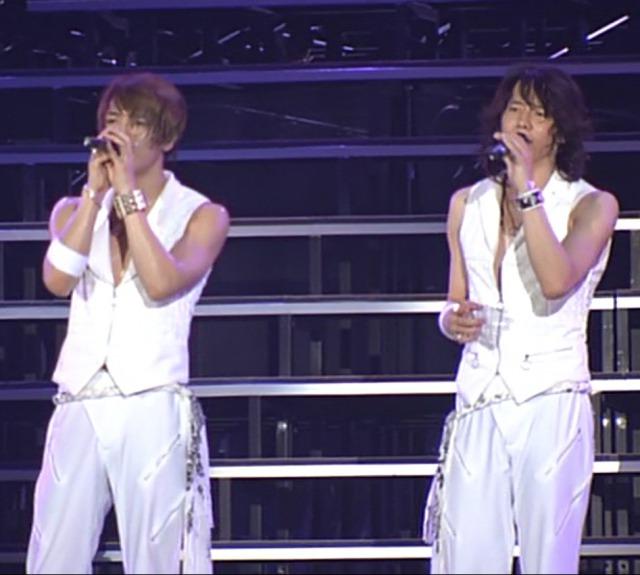 東方神起ライブでのジェジュンのブレスレットはユチョンと同じ?