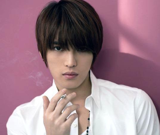 たばこ大好き東方神起ジェジュンの喫煙画像をご紹介!